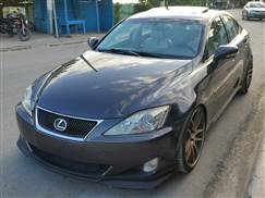 Lexus IS 250, año 2009, $695,000 neg.