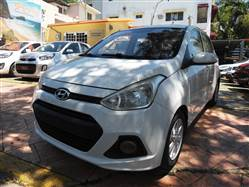 Automovil Hatchback Hyundai Grand I10 2015 Blanco